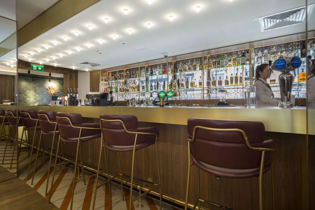 The Alex Hotel18