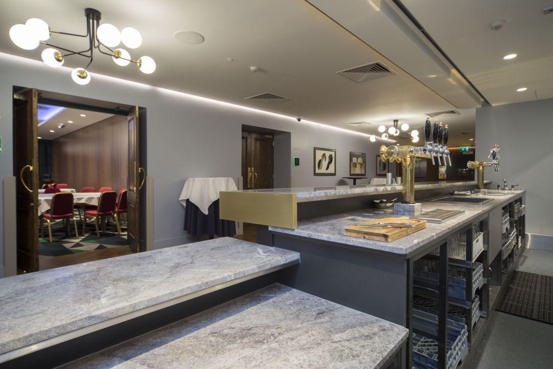 The Alex Hotel4